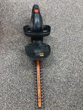 Black & Decker 16in Hedge Trimmer & Manual Trimmer