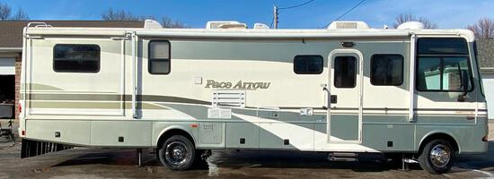 2002 Fleetwood Pace Arrow RV Model G V-10 Class A Motor Home, 2 Slides, 34ft M-34W (Ford)