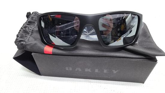 Oakley Sunglasses Fuel Cell 9096-i060 Matte Black, Black Iridium