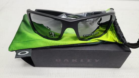 Oakley Prizm Polarized Sunglasses Fuel Cell 9096-i560 Matte Black, Prizm Black