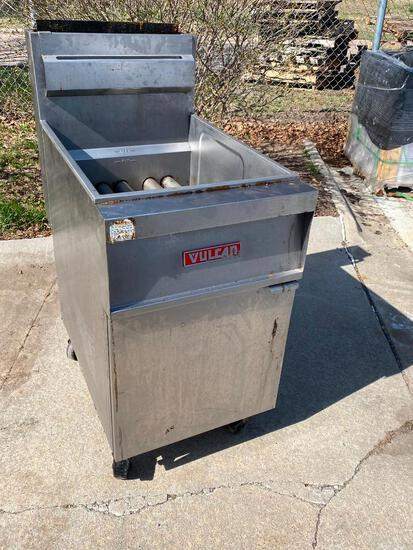Vulcan Model: GR85A Gas Floor Fryer, Very Clean