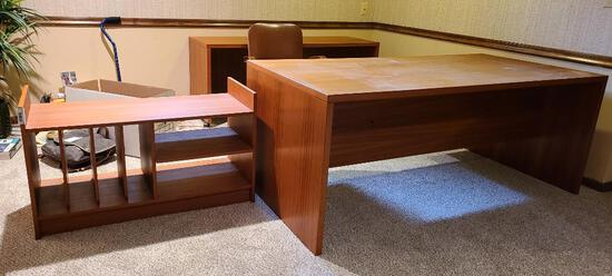 Modern Designed Desk, Credenza and Shelf Unit, Very Nice Mid-Century Look, Teak Looking Wood Style