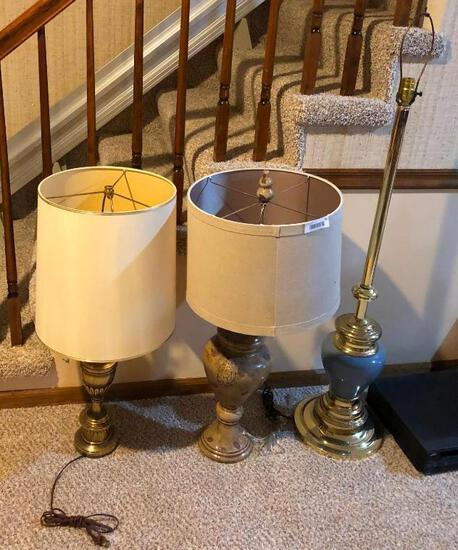 Lot of 3 Lamps, 2 Table Lamps, 1 Floor Lamp