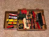 Vintage Tyco Train Cars, Lot of 5, HO Scale