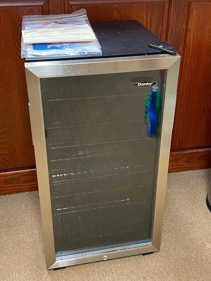Danby DBC120BLS Glass Door Beverage Center 3.3c Refrigerator