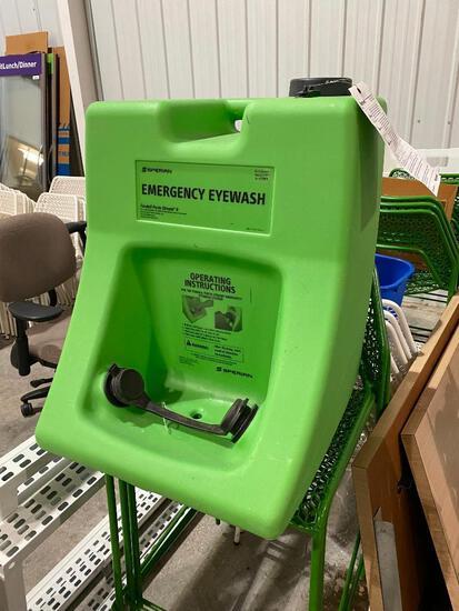Sperian Emergency Eyewash Station, Porta Stream Model 20000, Serial 519076