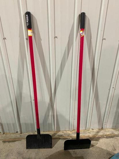 Lot of 2 Bully Tools Scrapers w/ Fiberglass Handles