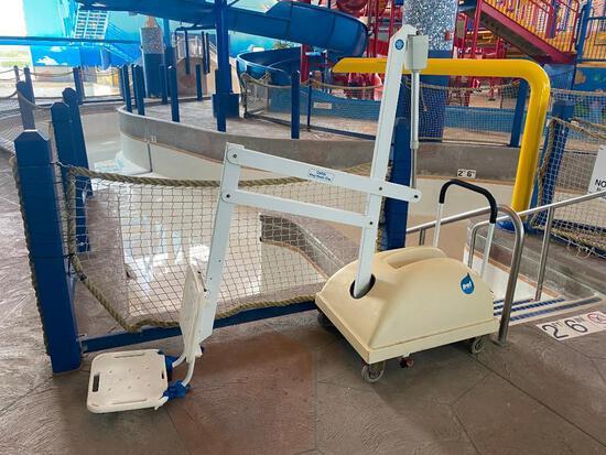 PAL 1000 Portable Aquatic Lift