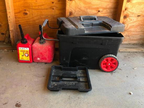 HD Rolling Tool Chest, 2 Gas Cans