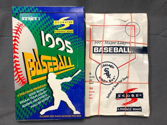 (2) SCORE PINNACLE Wax Packs Wax Packs - 1997 Chicago White Sox & 1995 Series 1