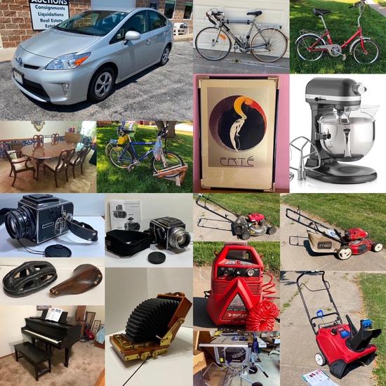 Papio Estate; Toyota Prius, Vintage Camera & Bikes