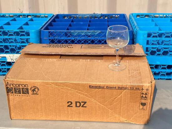 2 Dozen (24) Arcoroc Prof. Excalibur Grand Ballon 13oz Wine Glasses / Stemware