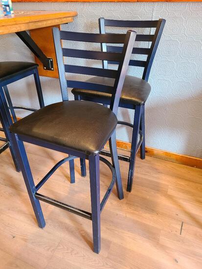 2 MTS Seating Metal Ladder Back Restaurant Bar Stools w/ Cushioned Seat 2x$