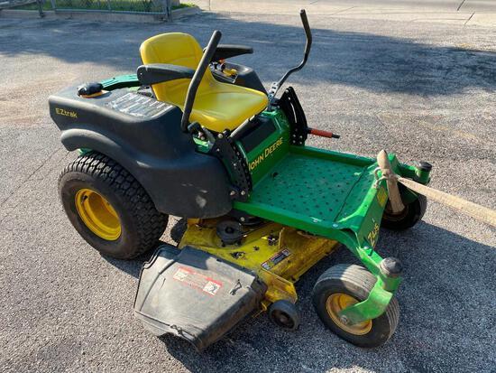 John Deere Model Z425 Zero-Turn Commercial Lawn Mower - As-Is, No Running, CLEAN