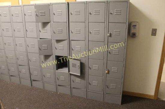 30 Unit Metal Lockers