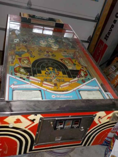 Williams Electronics Pokerino Pinball Machine (Operating Condition Unknown)