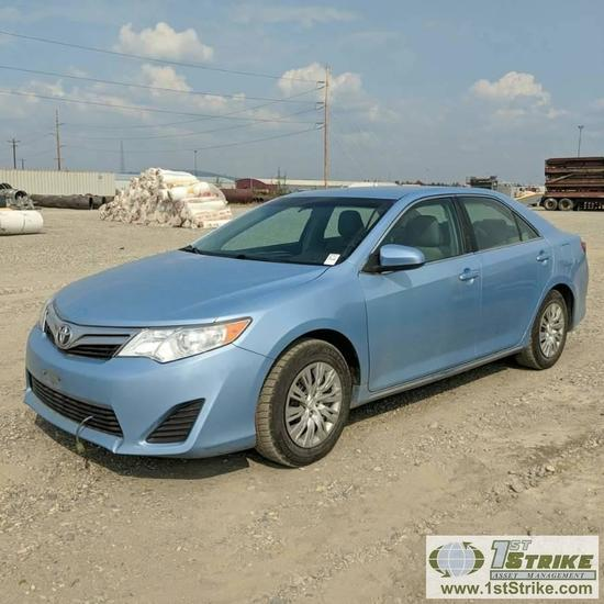 2012 TOYOTA CAMRY LE, 2.5L GAS, FRONT WHEEL DRIVE, 4 DOOR
