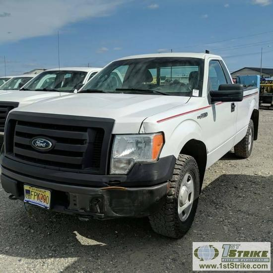 2009 FORD F150 XL, 4.6L GAS, 4X4, REGULAR CAB, LONG BED