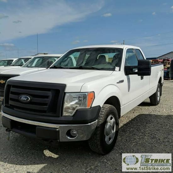 2010 FORD F-150 XL, 5.4L TRITON GAS, 4X4, EXTENDED CAB, LONG BED