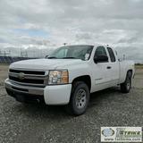 2010 CHEVROLET SILVERADO 1500 LS, 4.8L VORTEC GAS, 4X4, EXTENDED CAB, SHORT BED