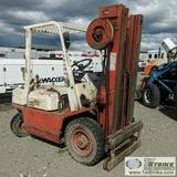 FORKLIFT, 1983 NISSAN PF02, 4000LB CAPACITY, PROPANE ENGINE