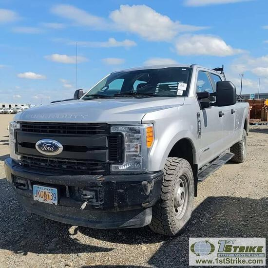 2017 FORD F-250, 6.7L POWERSTROKE, 4X4, CREW CAB, LONG BED. TITLE IN TRANSIT