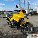MOTORCYCLE, 1984 SUZUKI 550ES