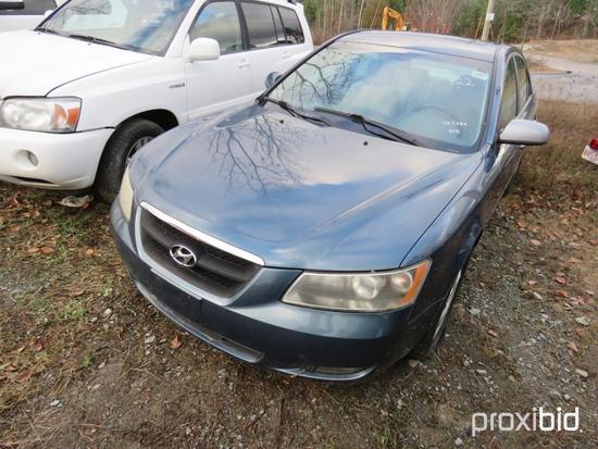 2006 HYUNDAI SONATA AUTOMOBILE VN:5384 powered by 3.3L gas engine, equipped with automatic