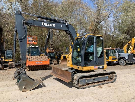 2013 JOHN DEERE 75G HYDRAULIC EXCAVATOR SN:CDJ015013 powered by John Deere diesel engine, equipped