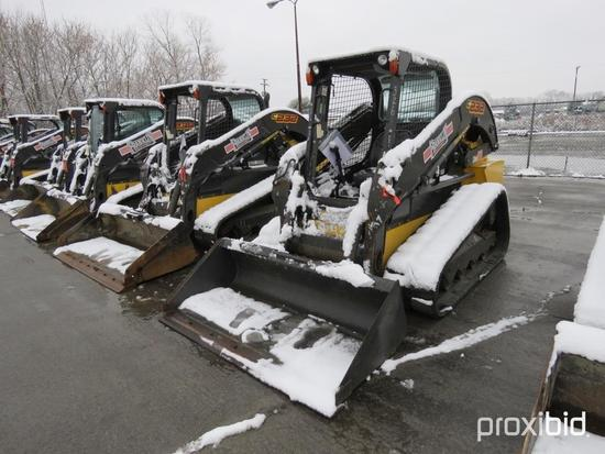 2016 NEW HOLLAND C232 RUBBER TRACKED SKID STEER SN:NGM416691 powered by diesel engine, equipped with