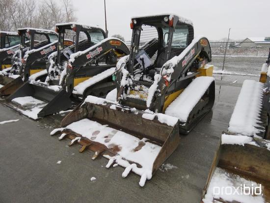 2016 NEW HOLLAND C232 RUBBER TRACKED SKID STEER SN:NGM416690 powered by diesel engine, equipped with