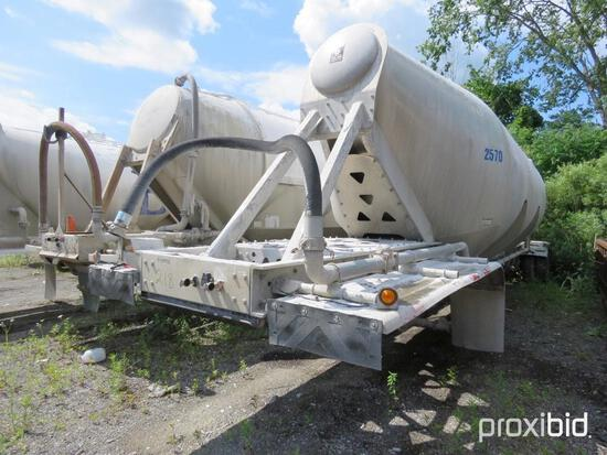 2006 TRAILKING PNEUMATIC TRAILER VN:1TKH044266B015016 equipped with air ride suspension, 11R22.5 tir