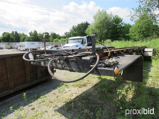 1993 GALBREATH ROLLOFF TRAILER VN:1B9K13927PB128656 equipped with roll off, air ride suspension, 285