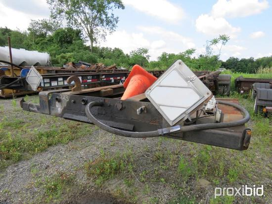 1993 GALBREATH ROLLOFF TRAILER VN:1B9K13924PB1286326 equipped with roll off, air ride suspension, 11