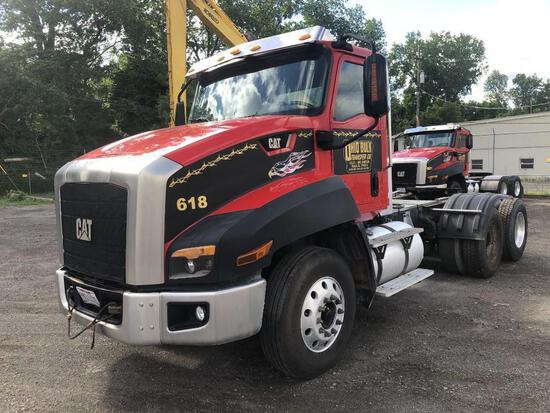 2013 CAT CT660S TRUCK TRACTOR VN:1HSJGTKR0EJ476898 powered by Cat CT13 diesel engine, equipped with