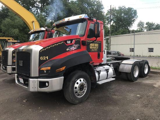 2013 CAT CT660S TRUCK TRACTOR VN:1HSJGTKR2EJ479513 powered by Cat CT13 diesel engine, equipped with