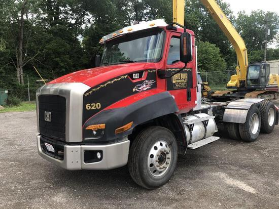 2013 CAT CT660S TRUCK TRACTOR VN:1HSJGTKR0EJ479512 powered Cat CT13 diesel engine, equipped with aut