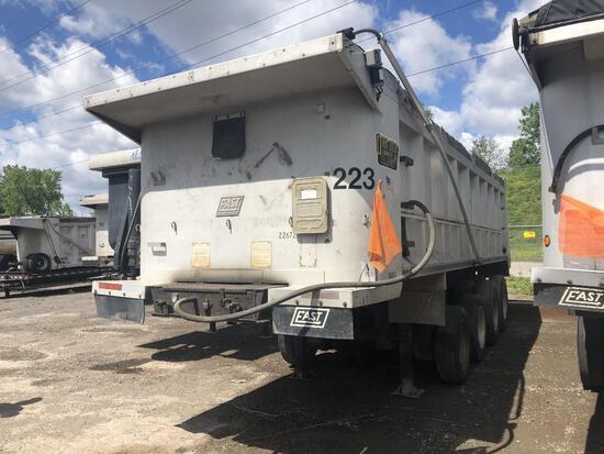 1998 EAST DUMP TRAILER VN:11E1D1M481WRG22672 equipped with 24ft. Aluminum dump body, air ride suspen