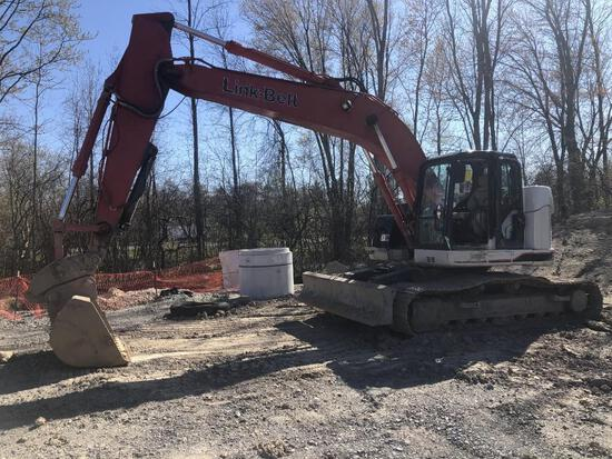 2015 LINKBELT 235X3 SPIN ACE HYDRAULIC EXCAVATOR powered by Isuzu diesel engine, equipped with Cab,