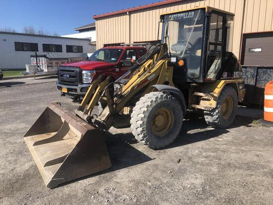 2005 CAT 906 RUBBER TIRED LOADER SN:MER00531 powered by Cat diesel engine, equipped with EROPS, 3rd