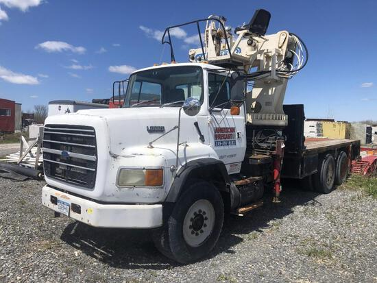 1993 FORD L8000 BOOM TRUCK VN:A26874 powered by Cummins diesel engine, equipped with Road Ranger 8 s
