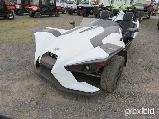 NEW 2019 POLARIS SLINGSHOT SLR RECREATIONAL VEHICLE VIN- 57XAASFAXK8131459 powered by gas engine,