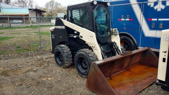 2015 TEREX R260S SKID STEER SN:ASVR260SV5WS00106 powered by diesel engine, equipped with EROPS, heat