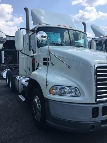 2017 MACK CXU613 TRUCK TRACTOR VN:83246 powered by Mack MP7 diesel engine, 395hp, equipped with Mack