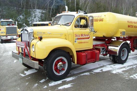 1956 MACK B85 TRUCK TRACTOR ANTIQUE TRUCK VN:B85F1183 Restored. powered by Thermodyne diesel engine,