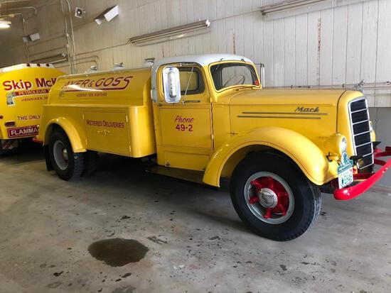 1946 MACK EH75 OIL DELIVERY TRUCK ANTIQUE TRUCK VN:75S2200 Restored. powered by Thermodyne diesel en