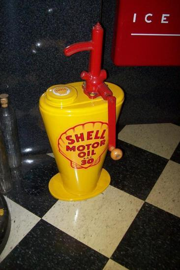 REPRODUCTION SHELL OIL DISPENER COLLECTIBLE