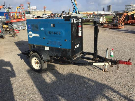 2014 MILLER BIG BLUE 500D WELDER SN:ME080067E equipped with 500AMPS, trailer mounted. Located: 8807