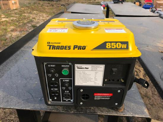 NEW TRADES PRO 850/1200 WATT 2-STROKE PORTABLE GENERATOR NEW SUPPORT EQUIPMENT