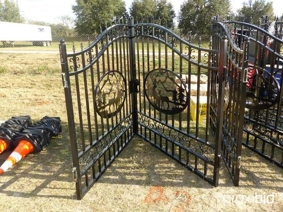 """NEW GREATBEAR 20FT. BI-PARTING WROUGHT IRON GATE NEW SUPPORT EQUIPMENT With artwork """"Deer"""" in the Mi"""
